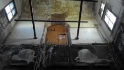 Вход на второй этаж собора